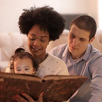 There are many obvious benefits to the child if a parent helps with reading